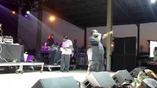 8 Ball & MJG Space age pimpin LIVE!