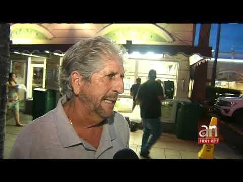El exilio cubano de Miami reacciona a la llegada del actor cubano Fernando Hechavarria