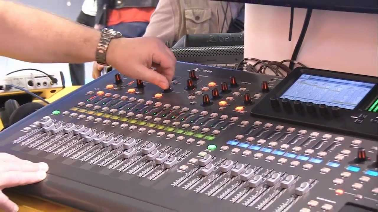 Console Numerique Behringer Behringer X32 Digital Mixer Review