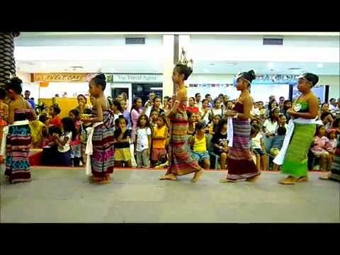 Kids' Fashion competition at Timor Plaza - traditional dress 2 of 2