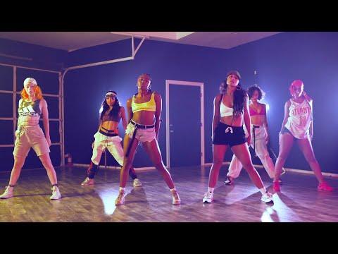 Major Lazer - Que Calor (feat. J Balvin & El Alfa) (Official Dance Video)