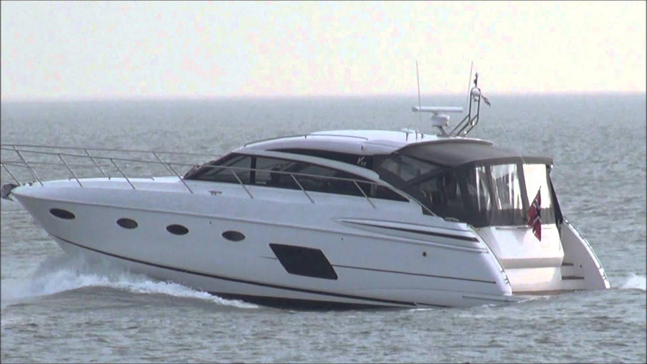 Download 5 cruisers uit noorwegen vertrekken uit scheveningen in de vroege ochtend 16-4-2013