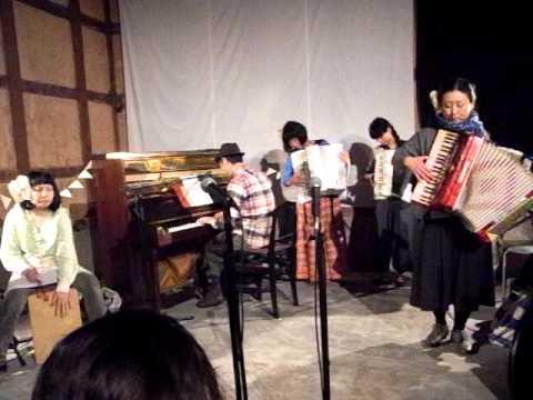 リュクサンブール公園・トウヤマタケオ 高知ライブ3
