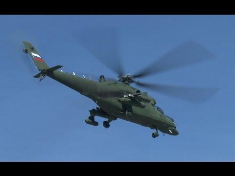 Вертолеты-салоны  Ми-35МС взлетают с Кремлевской площадки