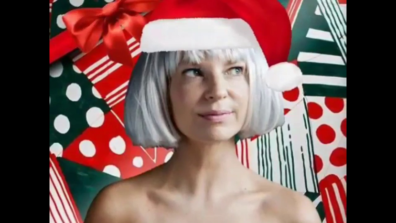 Sia Christmas.Sia Everyday Is Christmas Ft Maddie Ziegler