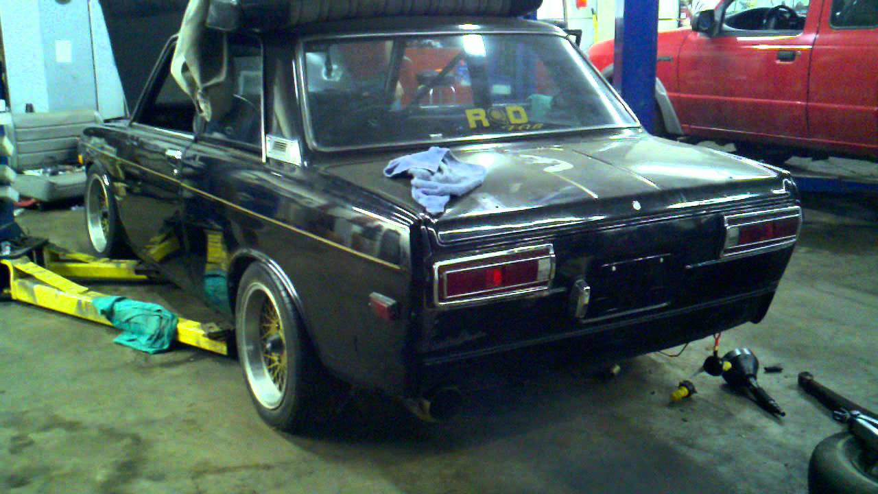 71 Datsun 510 SR20det first start up - YouTube