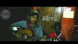 Download Lagu Ariezki Pengamen Ambbasador Cover Lagu Krispatih mp3