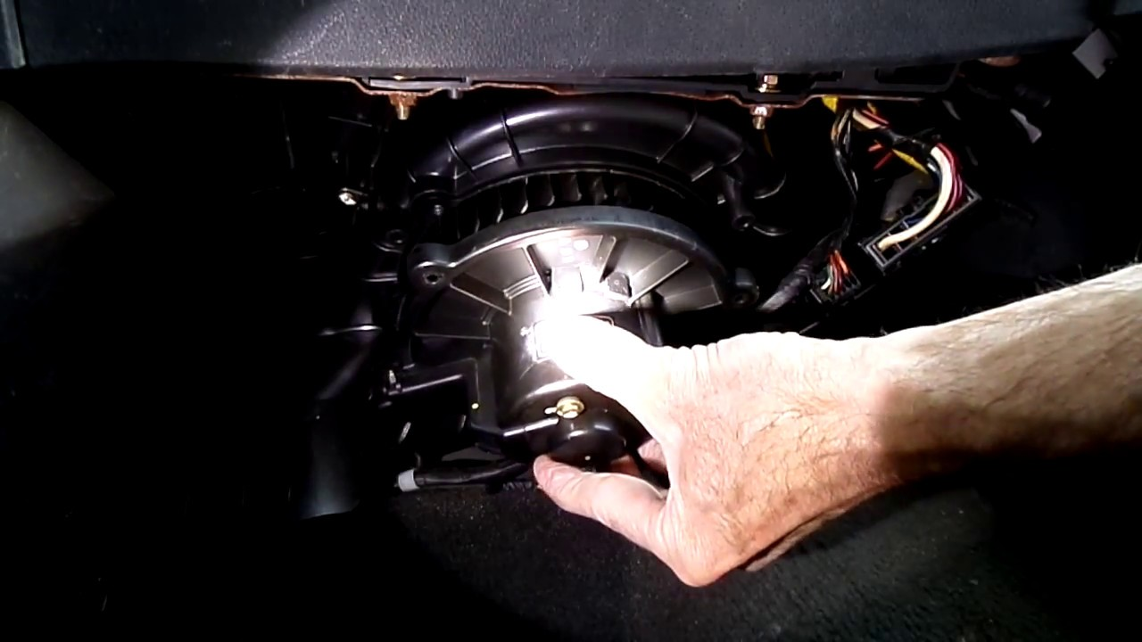 Kia Sportage 0509 Blower Motor Removal  YouTube