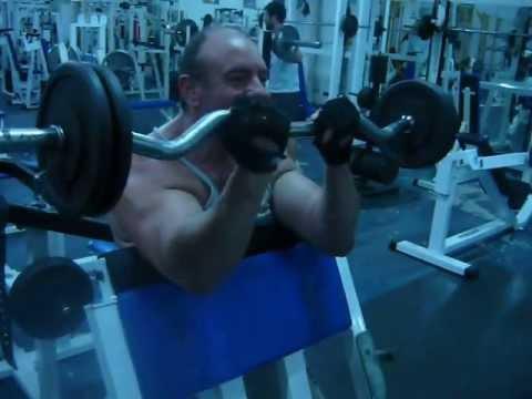 Marcelo Migliore - Curl Biceps banco Scott