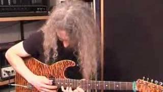 Guthrie Govan - Funky Blues at Jamtrackcentral.com