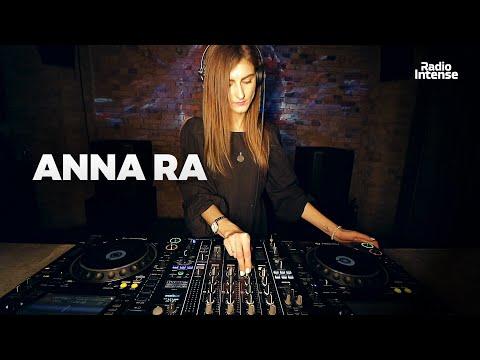 ANNA RA - Live @ Radio Intense Kyiv 17.03.2020 // Melodic Techno Mix