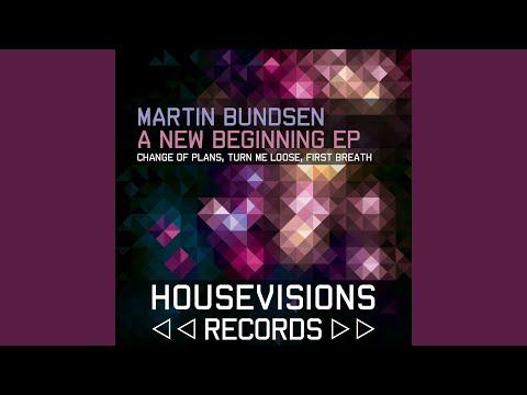 Martin Bundsen - Change of Plans mp3 indir