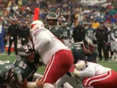 McNabb plays on a broken ankle.