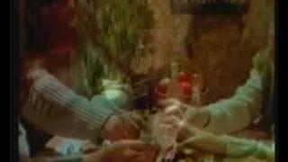 Домик окнами в сад - Братья Радченко(Клип на песню Александра Морозова., 2008-11-14T23:03:52.000Z)