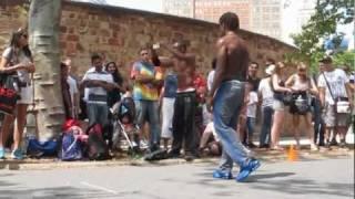 NYC street performers