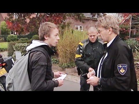 BLIK OP DE WEG - 'Dus u wordt ook nog betaald?!'