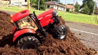 RC Bruder  traktor rc tractor puma case 4x4 Bruder umbau Rc tractor mudding  Traktori u blatu