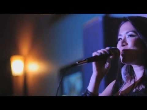 Antoinette Taus - Teenage Dream