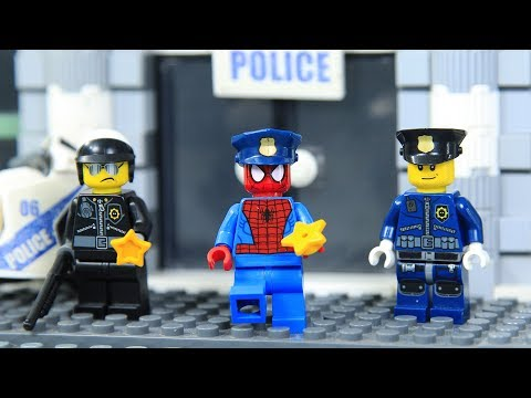 Lego SpiderMan Training Police Academy with SPIDER SUIT