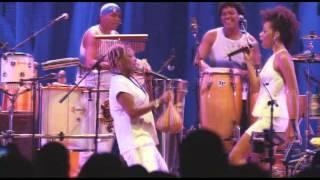 Mart´nália em Samba! (feat. Dandara Ventapane) - Um dia desses
