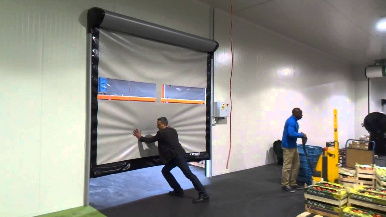 & DYNACO Doors: safety first - YouTube