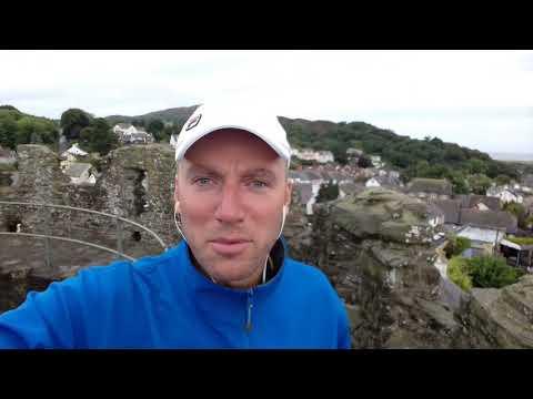 Крепостные стены валлийского города Конви - это мощно!