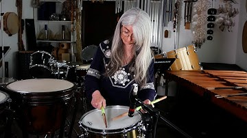Evelyn Glennie   30-Minute Closed Snare Drum Roll