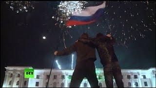 Возвращение Крыма в состав России все еще вызывает споры на Западе