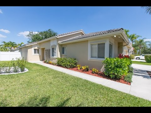 263 SW 179th Ave Pembroke Pines, FL 33029