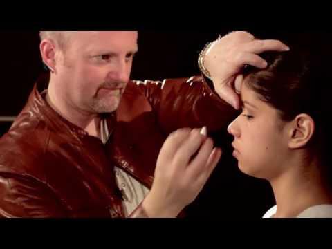 Kim Kardashian Makeup Tutorial Video with Robert Jones