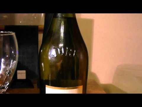 World Wine Review Domaine Grand Tradition Cotes Du Jura Blanc 2009 (Jura wine region France)