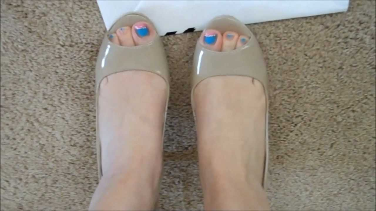 0b6e378eb5029 Beige Nine West sling back high heels - YouTube
