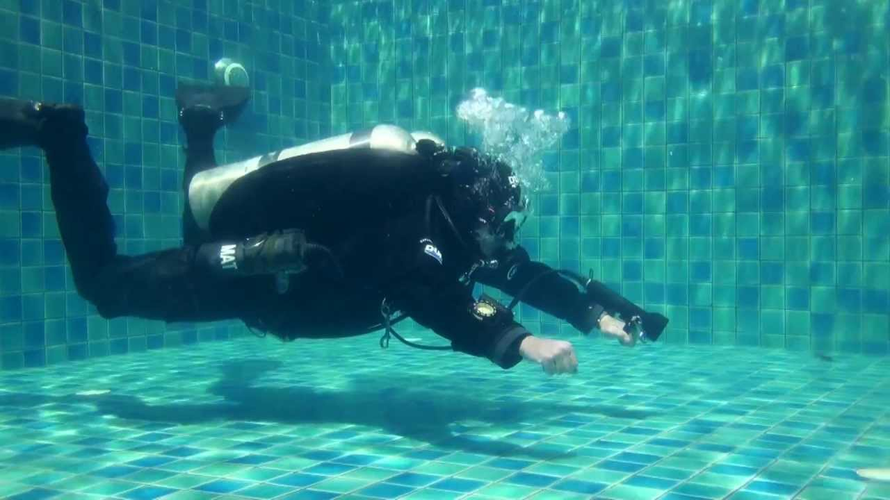 How To Improve Your Buoyancy When Diving - The Adventure Junkies