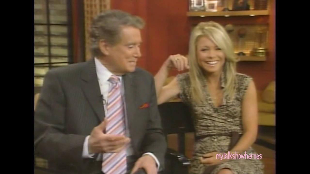 Vanna White Has Fun With Regis Kelly