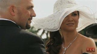 Winning Wedding Style: Christmas Derby | Four Weddings