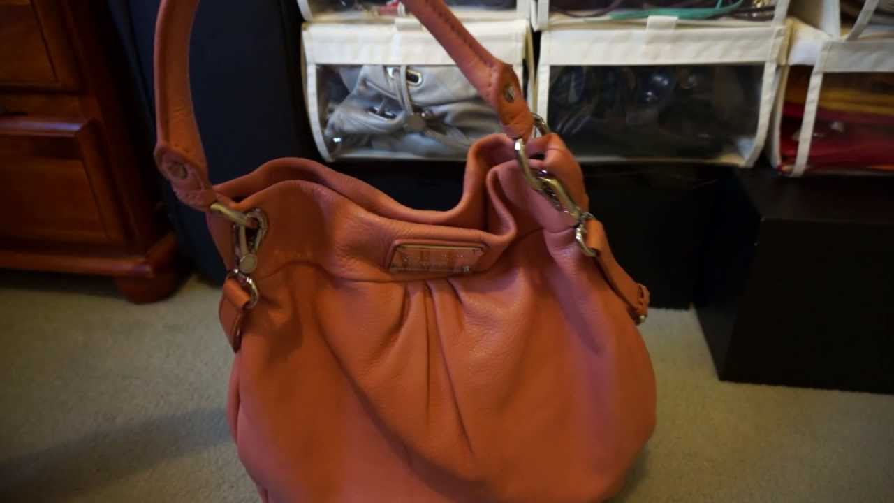 Review And Contents Of Marc By Jacobs Hillier Hobo Bag In Blush Pink