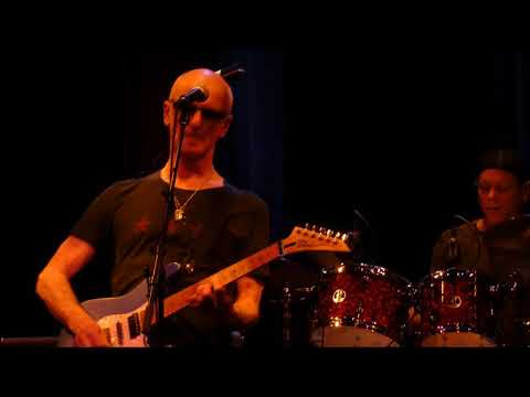 Kim Mitchell (max webster)        CHECK!