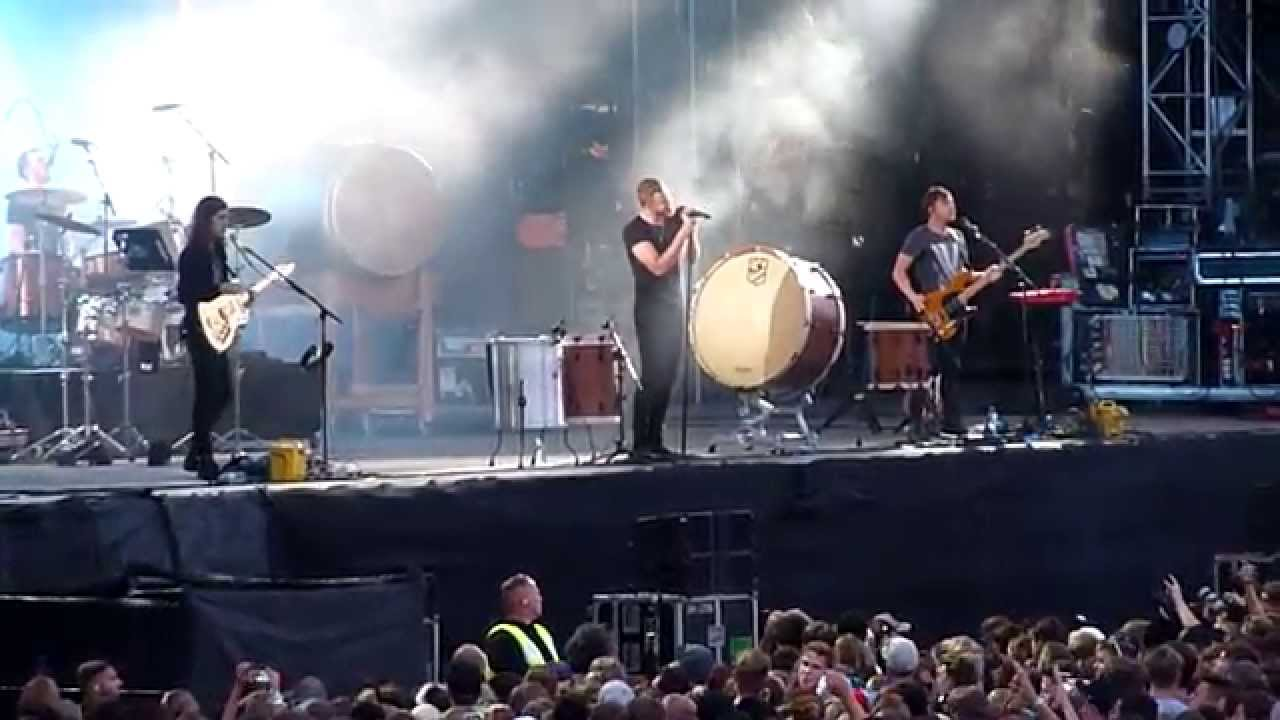 HD - Imagine Dragons - Hear Me (live) @ Frequency 2014 ...