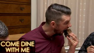 Chocolate Cheescake Impresses All! | Come Dine With Me