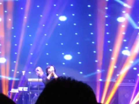 Dewa 19 Ft.Ari Lasso - Kangen - Konser Reuni Dewa 19 - Surabaya - 280515