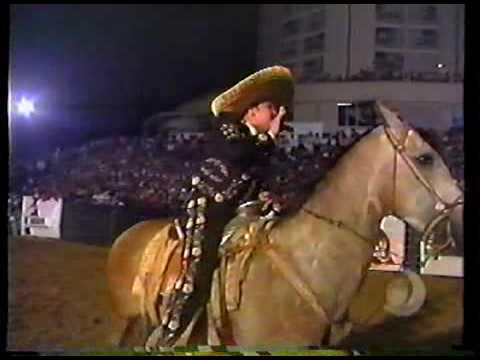 Pepe Aguilar con Banda -MI GUSTO ES- , 1998