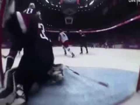 nezashitanniy-gol-rossiya-amerika-video-minetchitse-konchayut-v-rot-glotayut-spermu