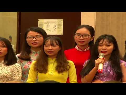 "Soulful rendition of ""Sabarmati Ke Sant"" by Vietnamese students"