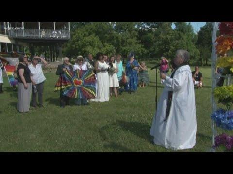 Rainbow Reception: LGBTQ+ Weddings At Niagara Falls
