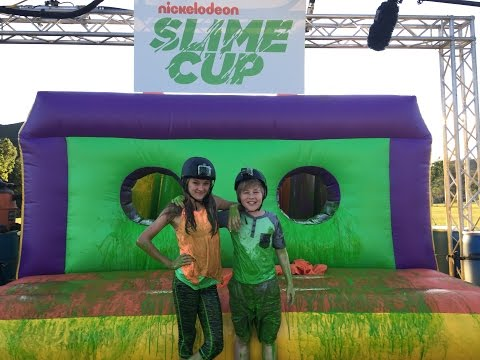 Lizzy Greene and Casey Simpson go BTS with Nickelodeon's Orange Carpet at the 2016 Slime Cup!