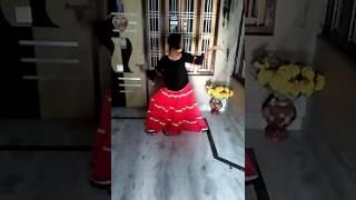 Gambar cover Prem ratan dhan payo best dance by Khushi lalwani