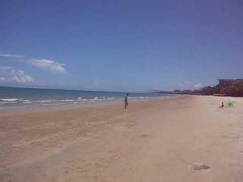 Пляж, курорт Санья на Хайнане. Панорама.
