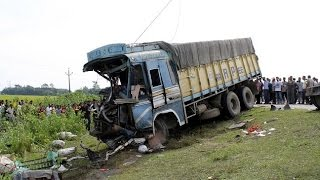 Crazy Truck Accident in India....Funny Hilarious