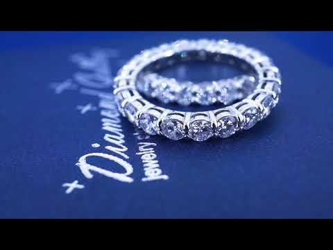 Золотые кольца с бриллиантами по кругу от Diamond Gallery