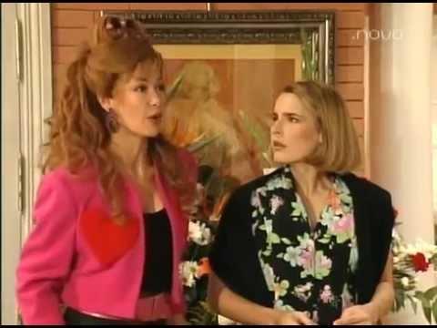 La casa de los lios 1x11 - Romance accidental - YouTube
